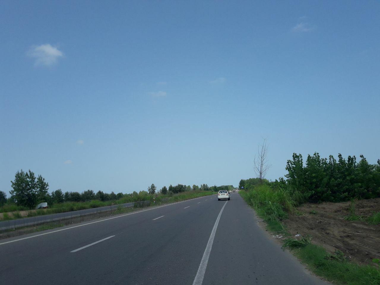 فروش زمین 1600 متری بر جاده کیاشهر